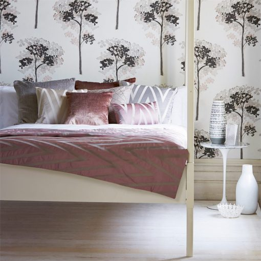Harlequin Katsura Wallpaper from the Momentum 03 Collection