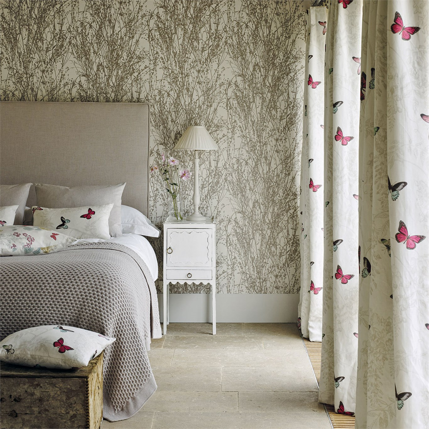 Meadow Canvas Wallpaper In The Woodland Walk Collection From Sanderson