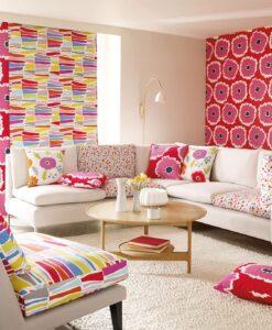 Papavera wallpaper in a Living Room