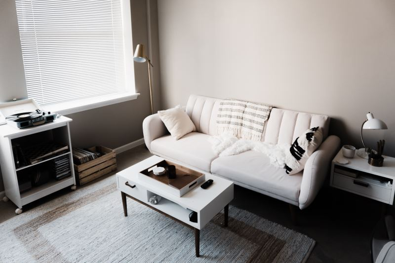 Minimalist interior design and decorating