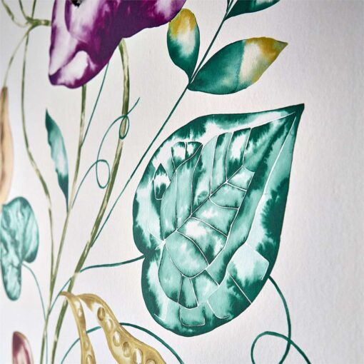 Quintessence wallpaper from the Zapara Collection in Lagoon and Cerise - close up