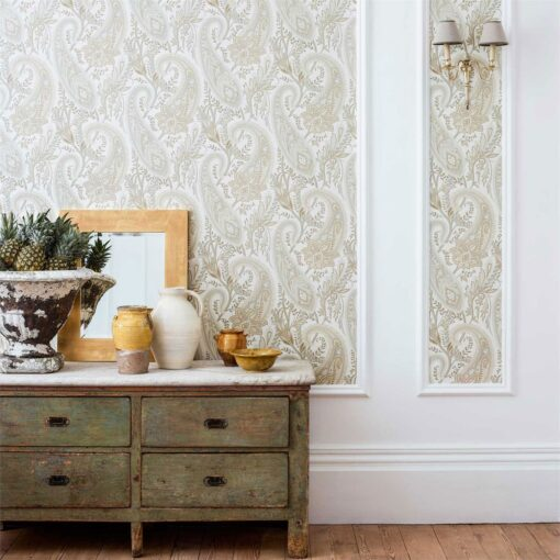 Cashmere Paisley Wallpaper from the Art of the Garden Collection by Sanderson Home
