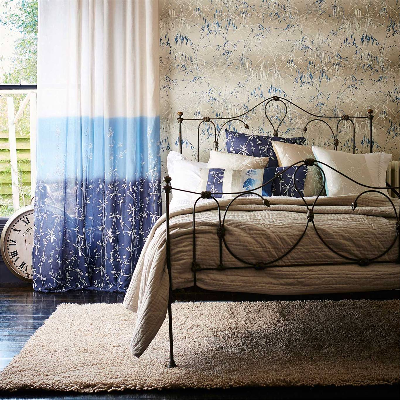 Meadow Grass Wallpaper From The Callista Collection By Harlequin Australia