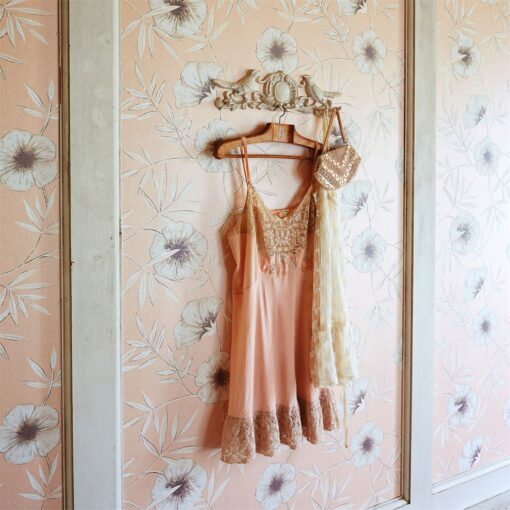 Apella Wallpaper from Poetica Harlequin